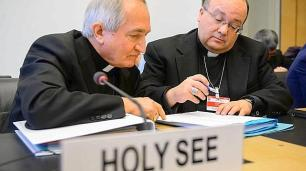 Archbishop Silvano Tomasi (L), ambassador of Vatican at U.N.