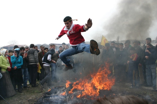 Newroz celebration in Istanbul. Photo by Bertil Videt..