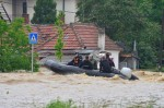poplave-spasavanje-camac-tanjug-610x406